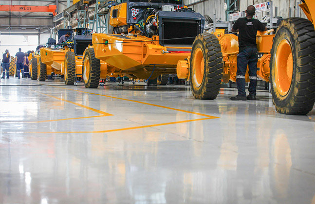 2,500 m2 of the chemical, temperature and wear resistant Peran PTS was installed across the Articulated Dump Trucks (ADT) assembly line.